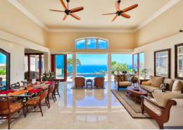Home for sale on Hawaii Loa Ridge