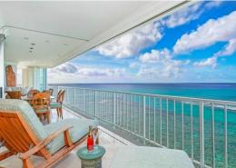 Stunning Kainalu Penthouse condo for sale - Diamond Head