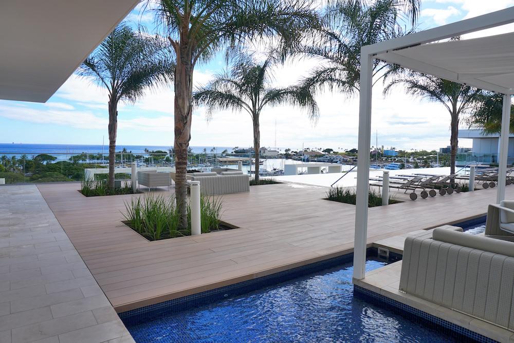 Waiea pool deck - 3 Hawaii House